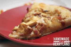 Chicken, Bacon & Apple Pizza