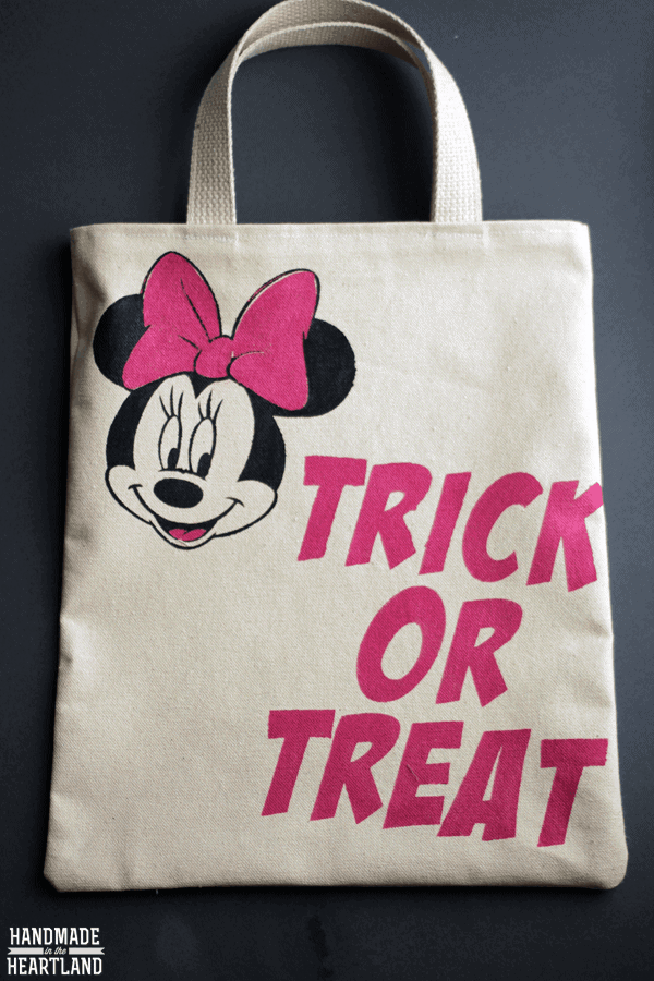 Finished minnie trick or treat bag 2