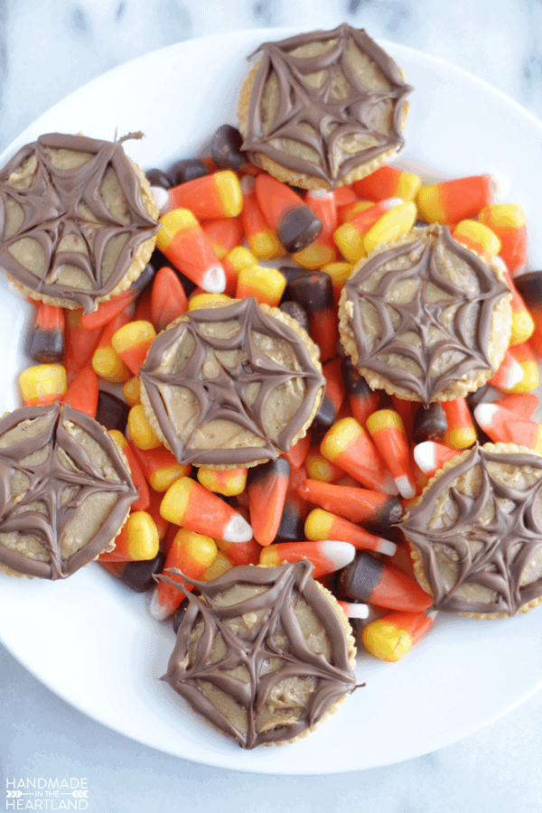 Peanut Butter Spider Web Crackers