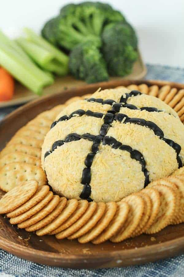 Basketball French Onion Cheeseball