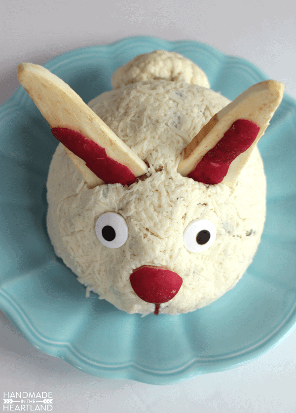 Jalapeno Bacon cheeseball decorated to look like an Easter bunny
