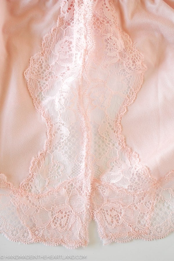 Lace detail on tap pants by Maidenform