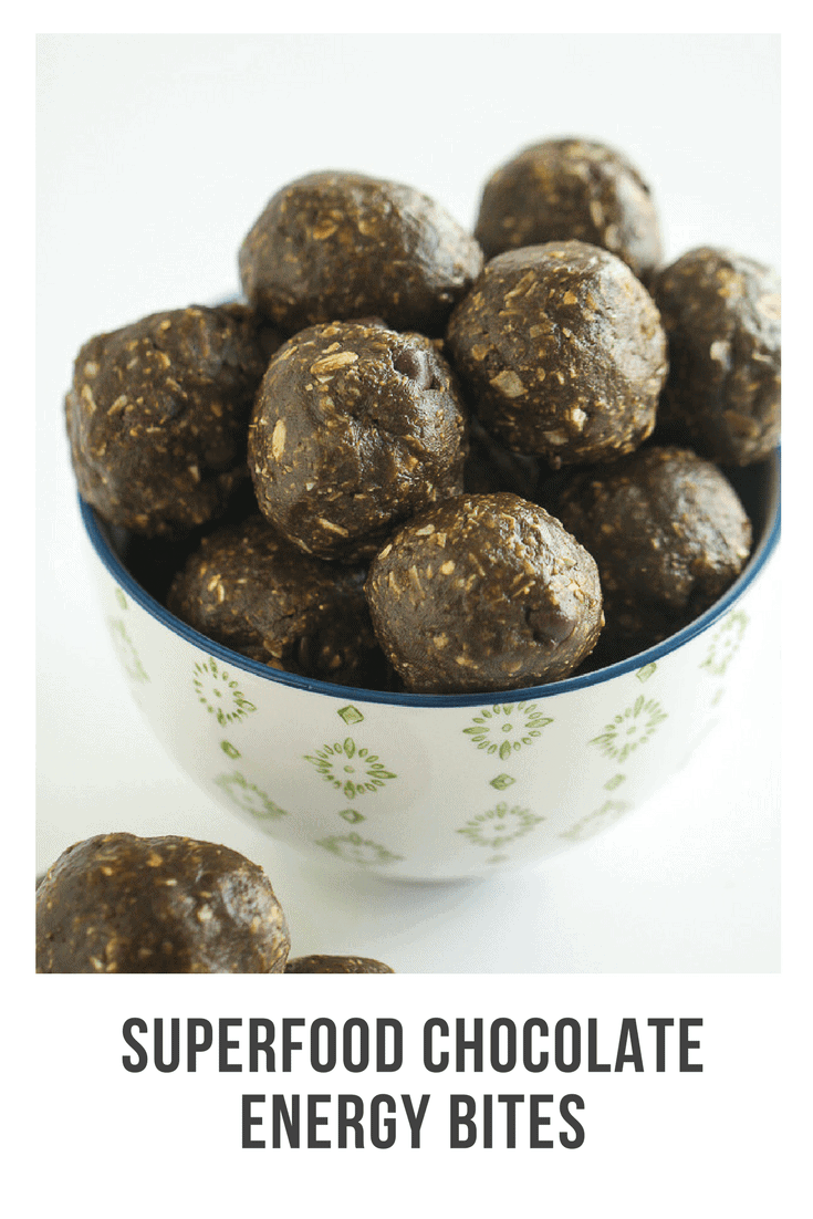 This recipe for superfood peanut butter chocolate energy bites is the perfect way to curb hunger and add a healthy snack into your day. Made with Amazing Grass® Green Superfood® you can be sure you're getting extra greens, fruits and veggies with every delicious snack bite!