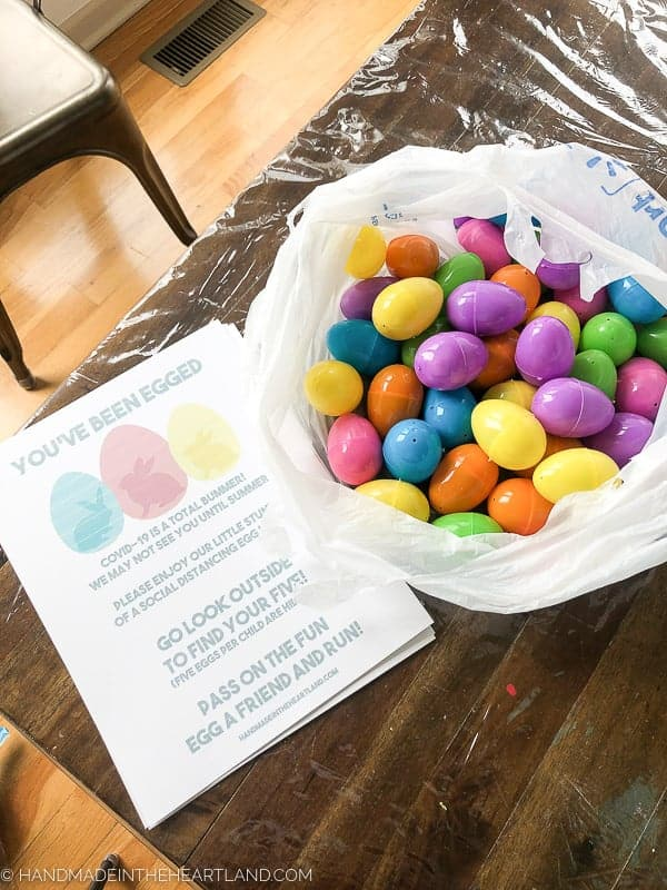 Easter eggs and free printable for a neighbor Easter egg hunt