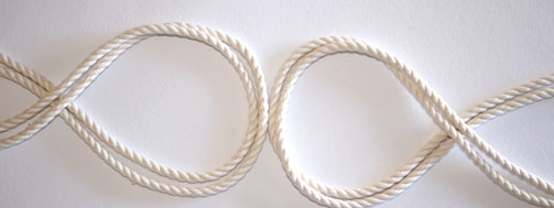 Step 1 to tie a nautical knot