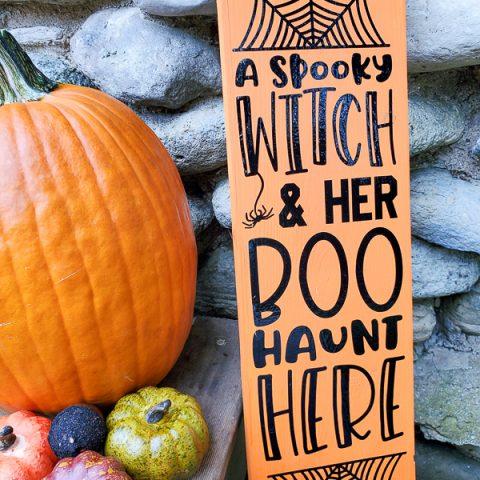 Front Porch DIY Halloween Sign