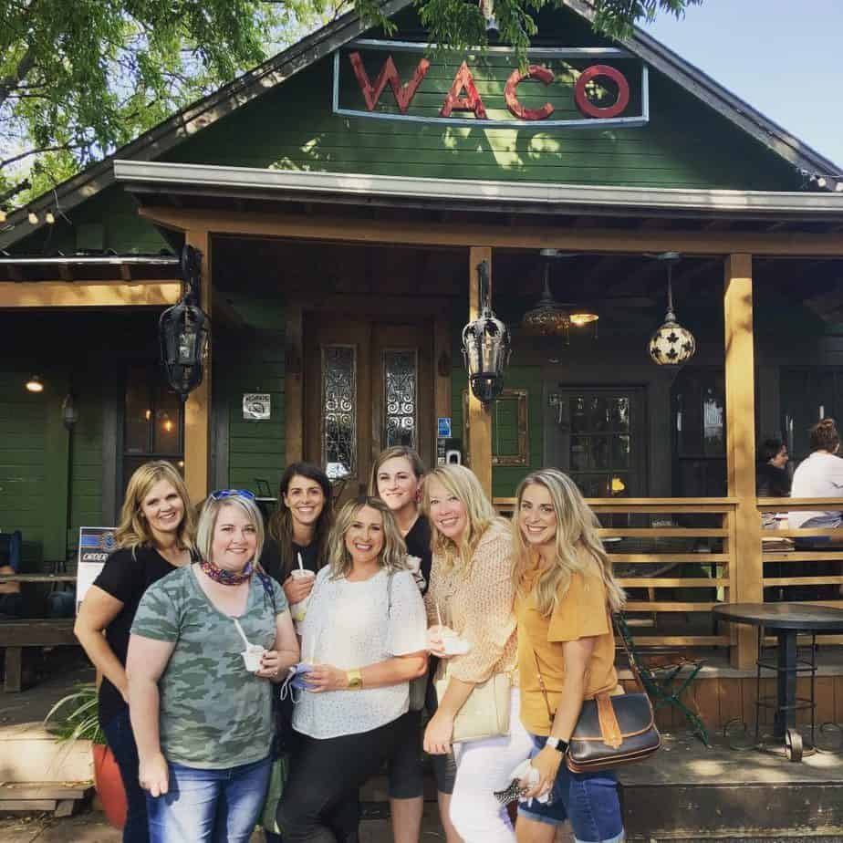 Waco Texas girls shopping trip to Magnolia Market