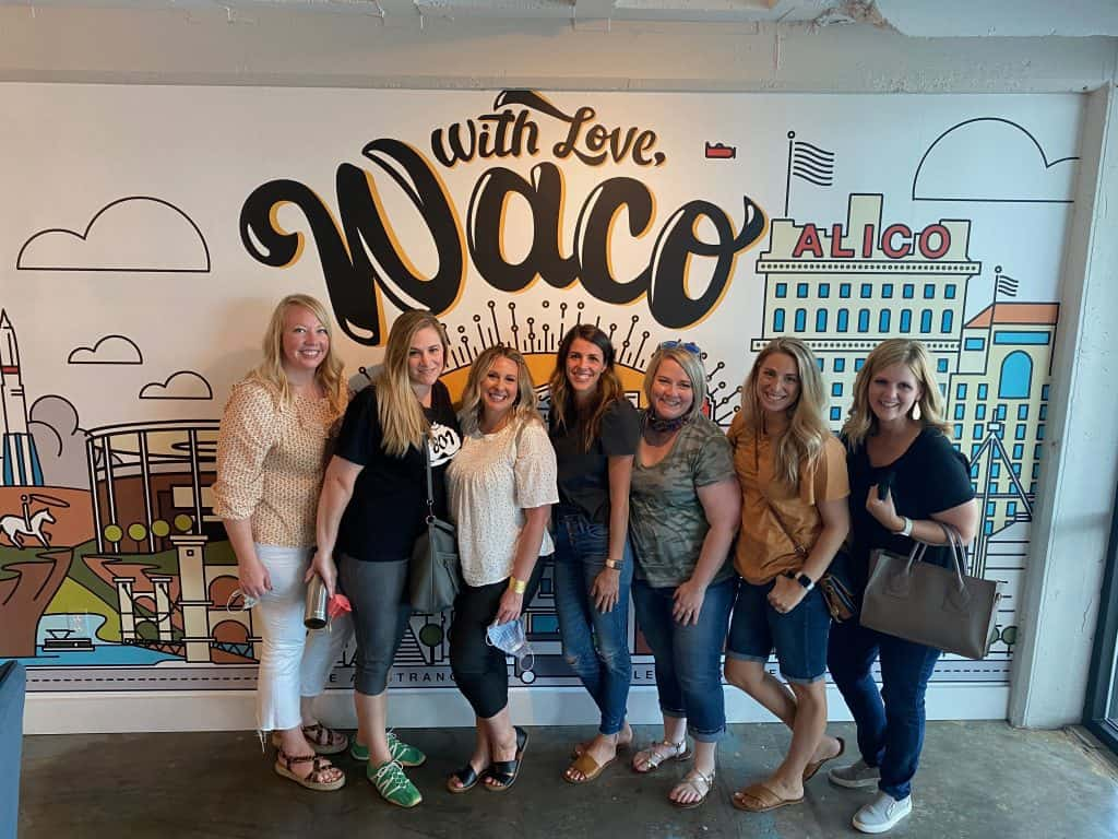 How to visit Magnolia Market in Waco Texas and have a super fun girls trip!