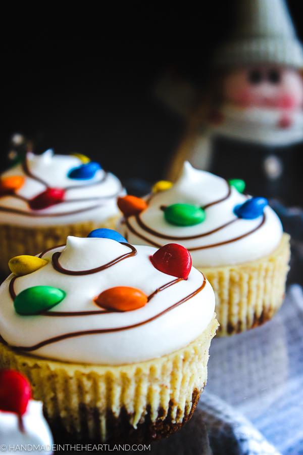 Christmas eggnog cheesecake cupcakes